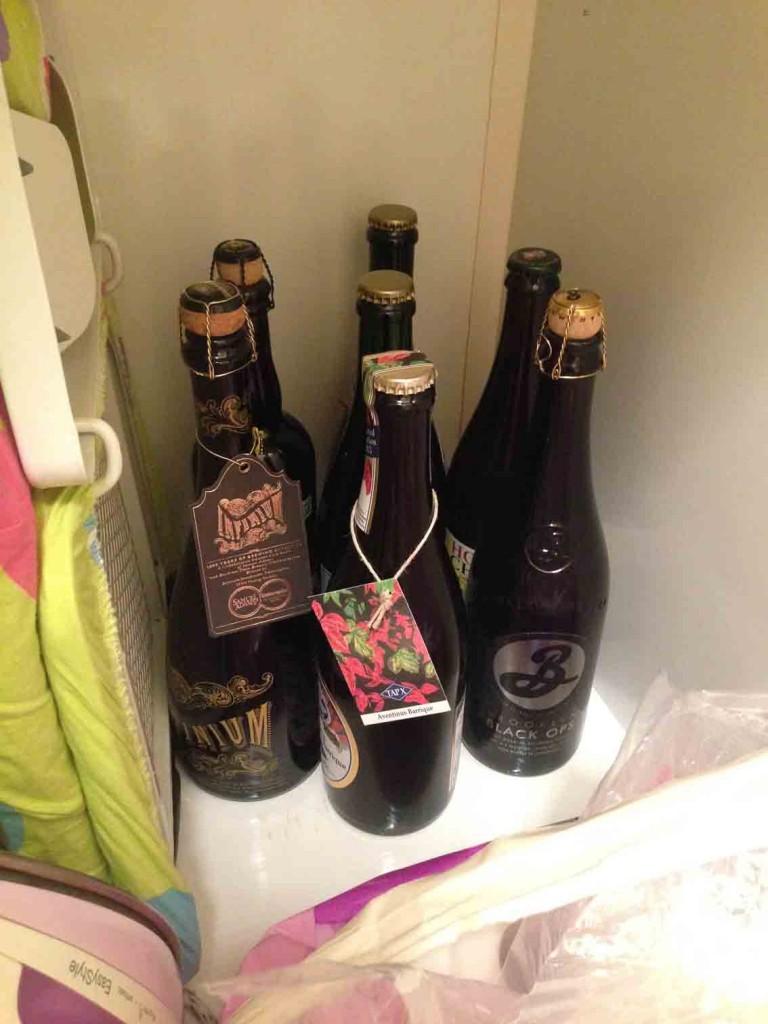 El armario de la plancha para los botellones